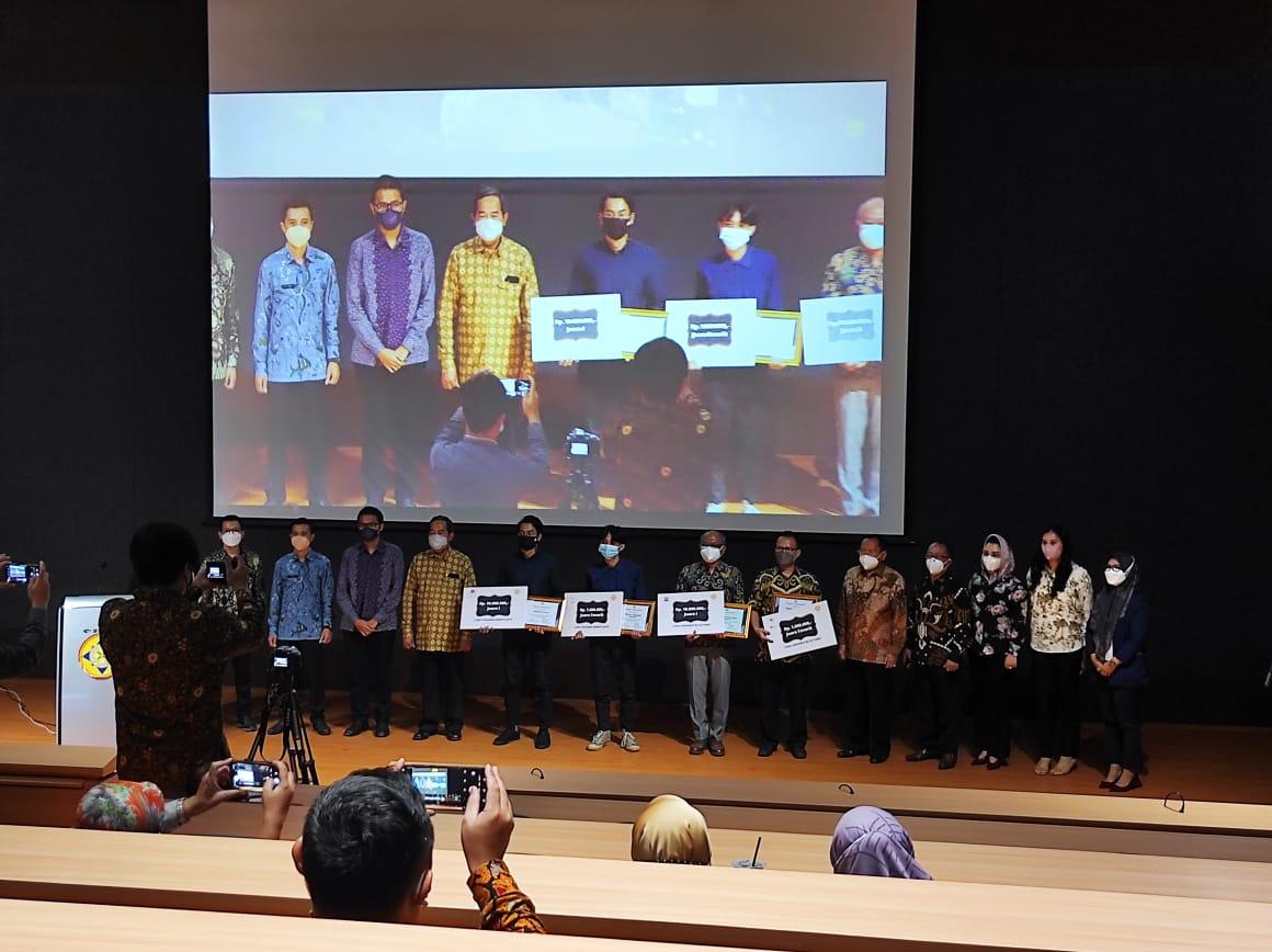 Pemenang Lomba Desain Logo Yayasan Sasmita Jaya dan Universitas Sutomo